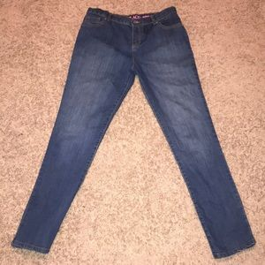Children's place skinny jeans size16